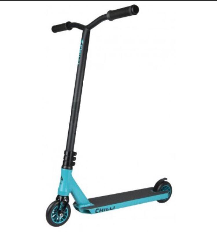 Chilli Reaper Ice scooter - blue/ black triku skrejritenis